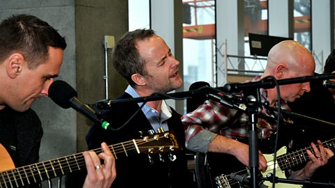 Image for Beecake: Celebrity Interview & Session