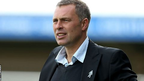 Image for Daggers boss slams his players