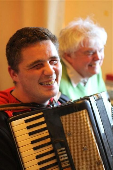 Archer's actor Ryan Kelly and his accordion