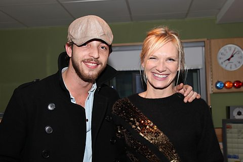 JO WHILEY TALKS TO JAMES ON AIR BEFORE THE CONCERT