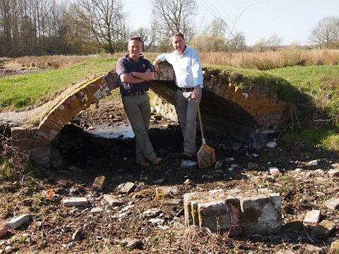 Jules with John Sutton of the Environment Agency along the River Lambourn in Berkshire