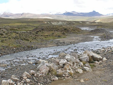A highland river near Huaytire