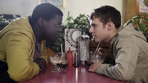 Mac (Daniel Kaluuya) and Paul (Iain De Caestecker)