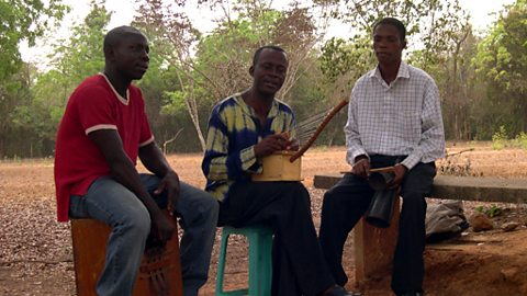 Osei Korankye performing in the countryside outside Legon