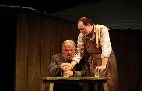 Alan Opie (Forester) &amp; Alessandro Moretti (Pasek)