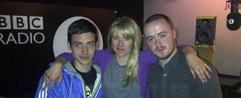 Edith with Liam from SBTV and Maverick Sabre on her first Review Show