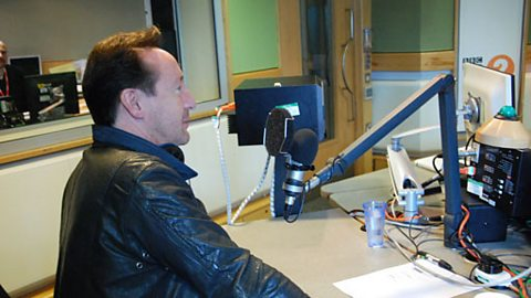 Julian Lennon dropped in to chat (you didn't imagine it)