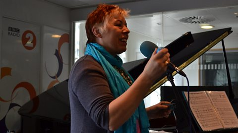 Barb Jungr live in session