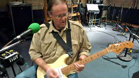 Walter Trout in session