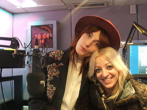 Flo & Isa kick off the weekend!!