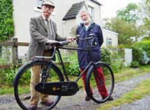 Donald Maclead meets Mr Cordon-Champ and his Sumbeam bicycle