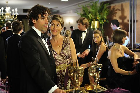 Stephen Mangan and Tamsin Greig play Sean and Beverly Lincoln