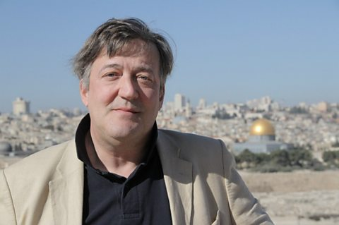 Stephen Fry in front of Dome of the Rock