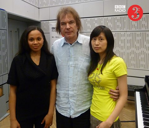 Pianist Rebeca Omordia, cellist Julian Lloyd Webber and cellist Jiaxin Cheng