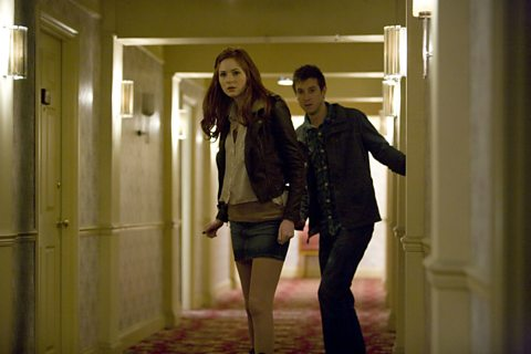 Amy and Rory roam the corridors