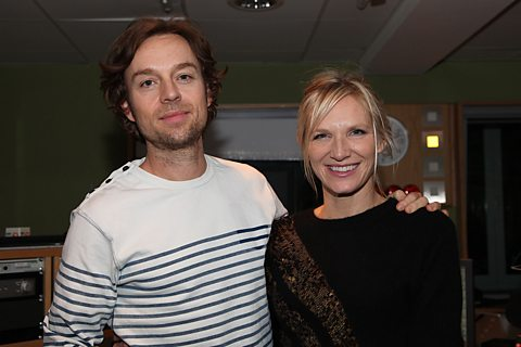 DARREN HAYES ALSO JOINS JO TO PLAY IN STUDIO