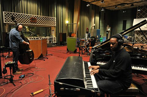 The Robert Glasper Experiment In Session