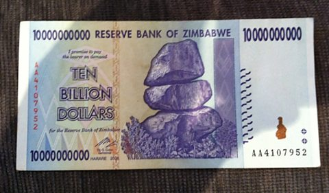 A Zimbabwean ten billion dollar note