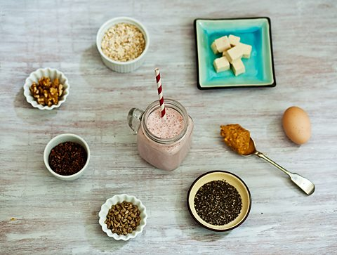 The natural ingredients you can add to a smoothie to increase its protein