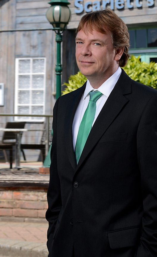 ian beale - photo #25