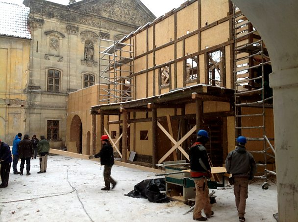 Treville's office exterior, day 15 of the build process -13 degrees Celsius