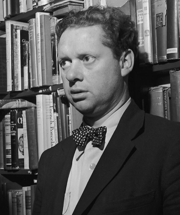 Dylan Thomas in a New York book shop in 1952