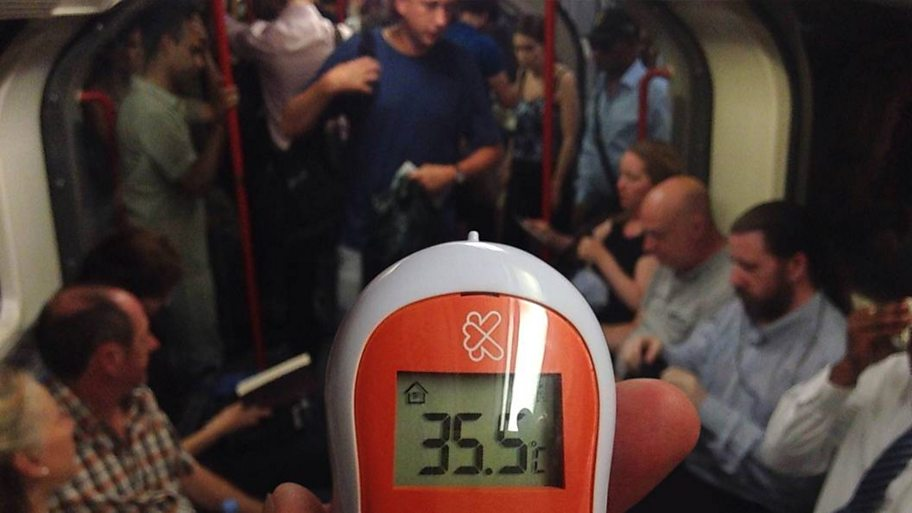 Thermometer showing 33c in London tube