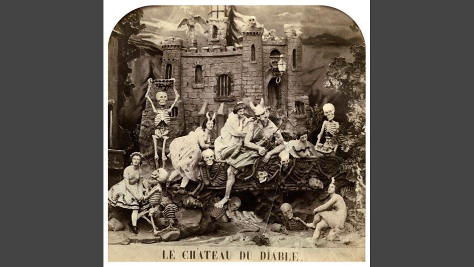 Bbc radio 4 front row david beckham graham nash for Le miroir du diable