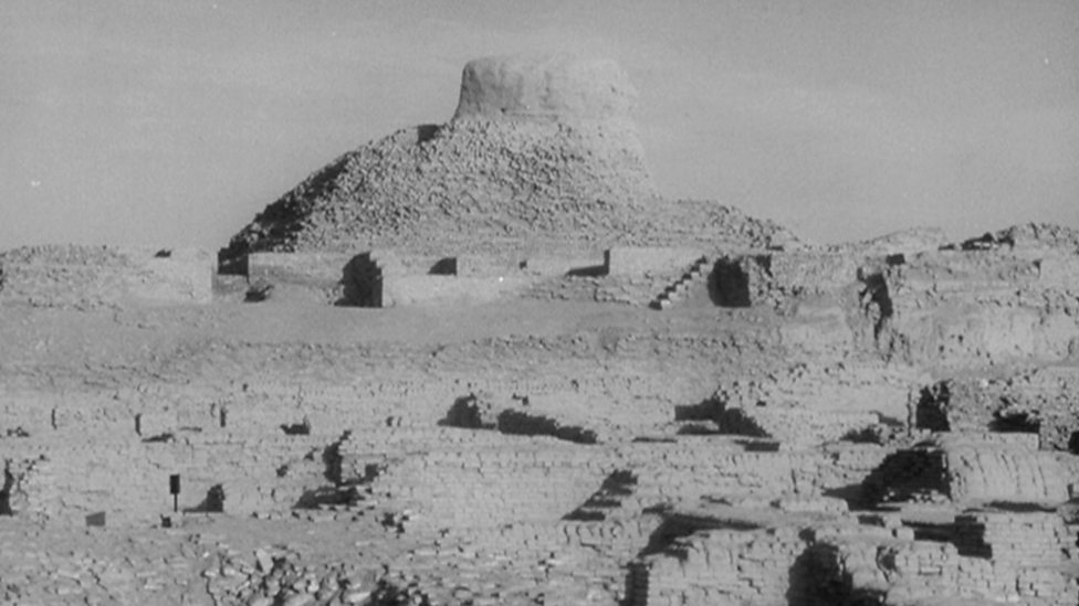 Mohenjo Daro Facts Mohenjo Daro The Citadel