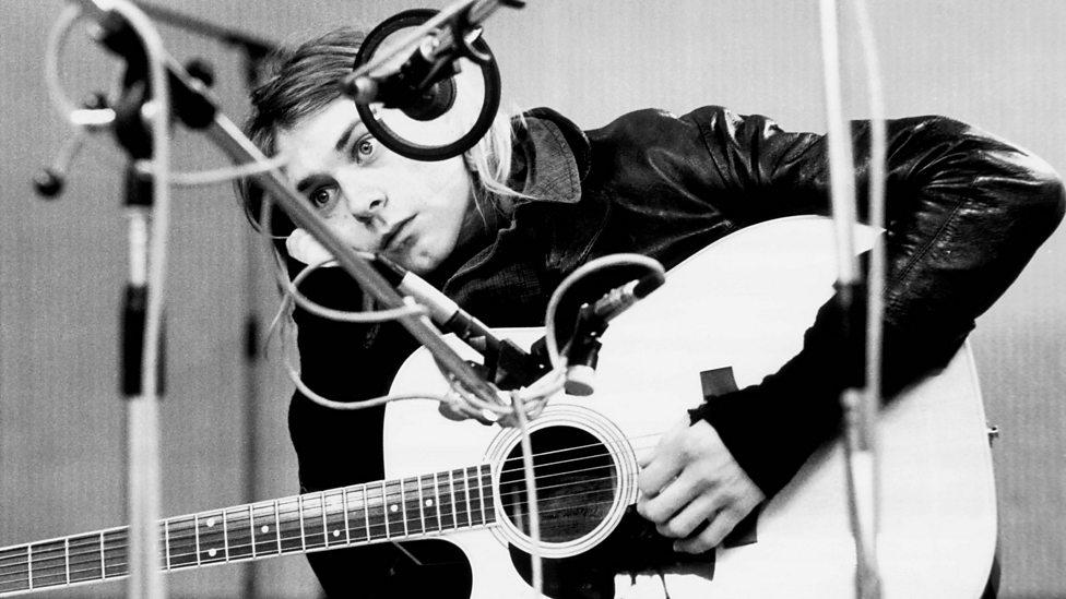 Kurt cobain bbc music