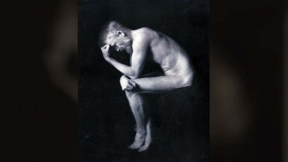 Which famous writer was captured here recreating auguste rodins the thinker by britains first celebrity photographer alvin langdon coburn in 1906