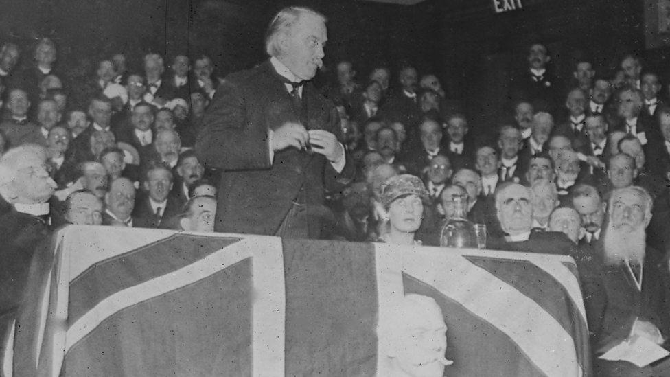 David Lloyd George giving speech