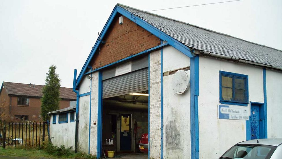 Vehicle repair shop in Birtley in building dating back to 1918