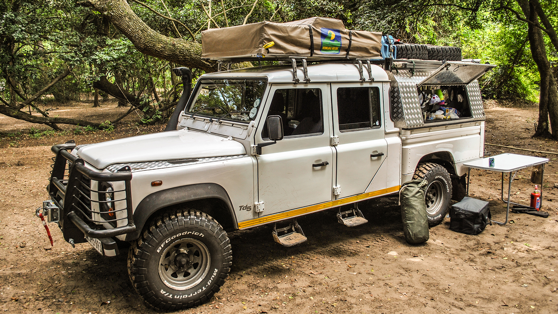 news rover landrover and date land specs defender carwow price release buy