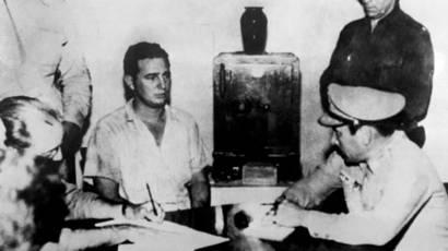 Fidel Castro presenta sus descargos tras el ataque al cuartel Moncada.