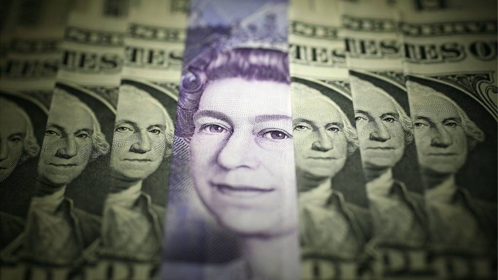 Sterling and dollar notes