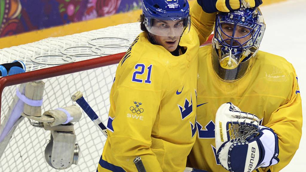 Sweden's ice hockey players in action
