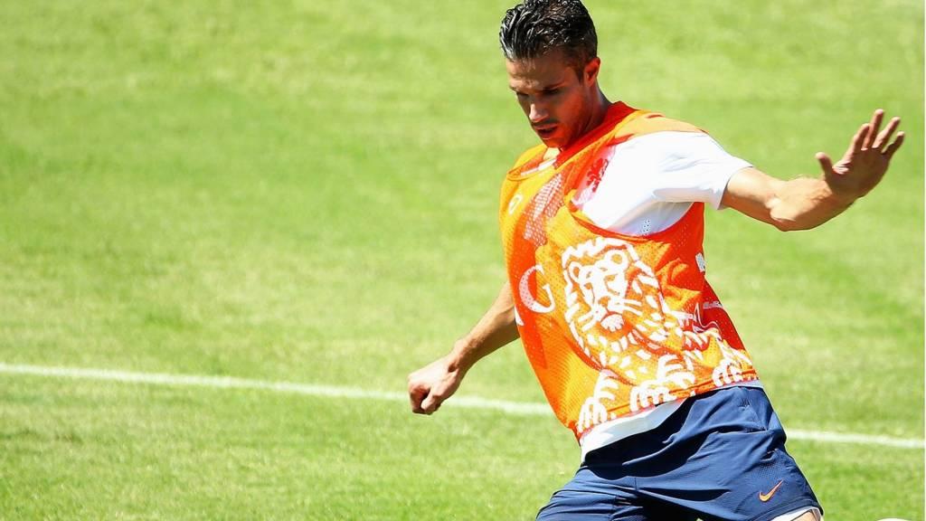 Robin van Persie in training