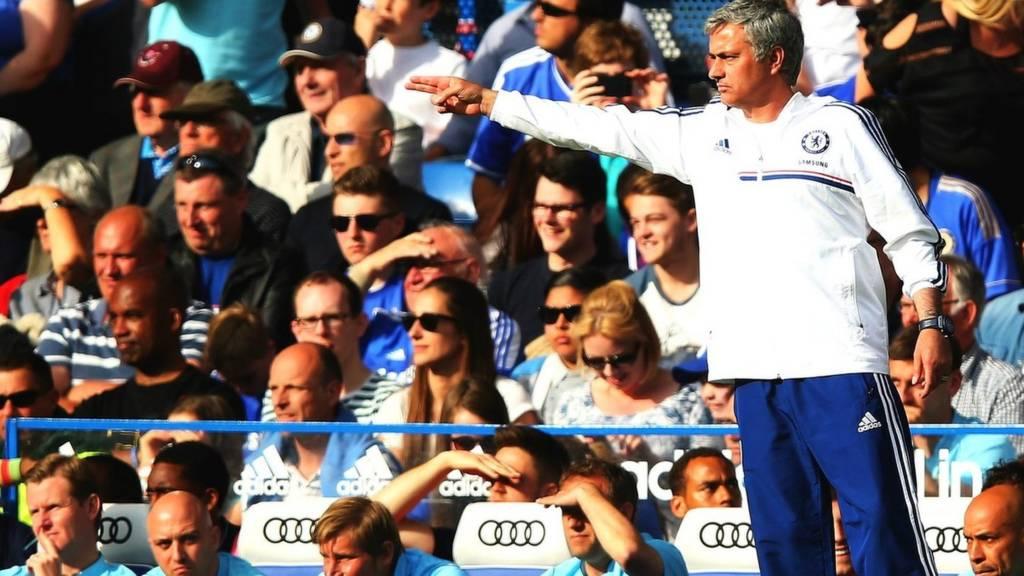 Jose Mourinho on the touchline organising his team