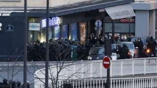 Security forces storm Paris supermarket