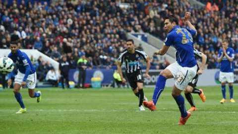 Leicester City Hammer Nine-Man Newcastle, 3-0