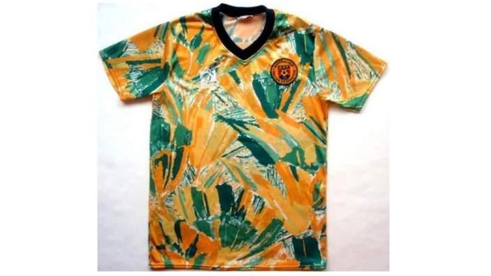 Australia kit, 1990