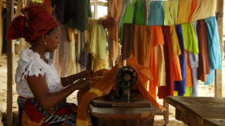 Nigerians listen to popular radio drama Story Story