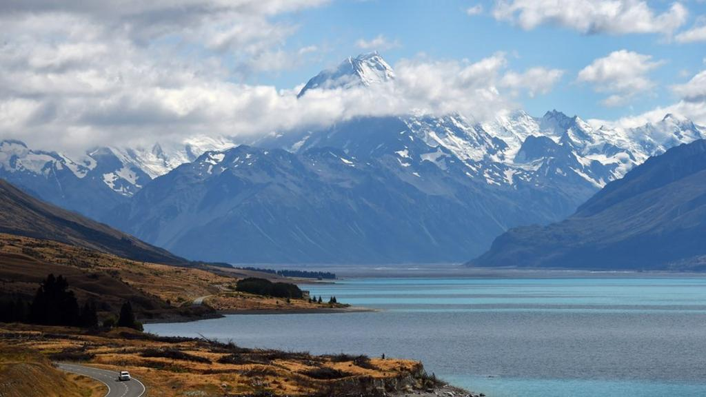 BBC News: Australian migration to NZ hits new high