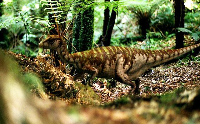 Leaellynasaura showing their camouflaged skin in a forest