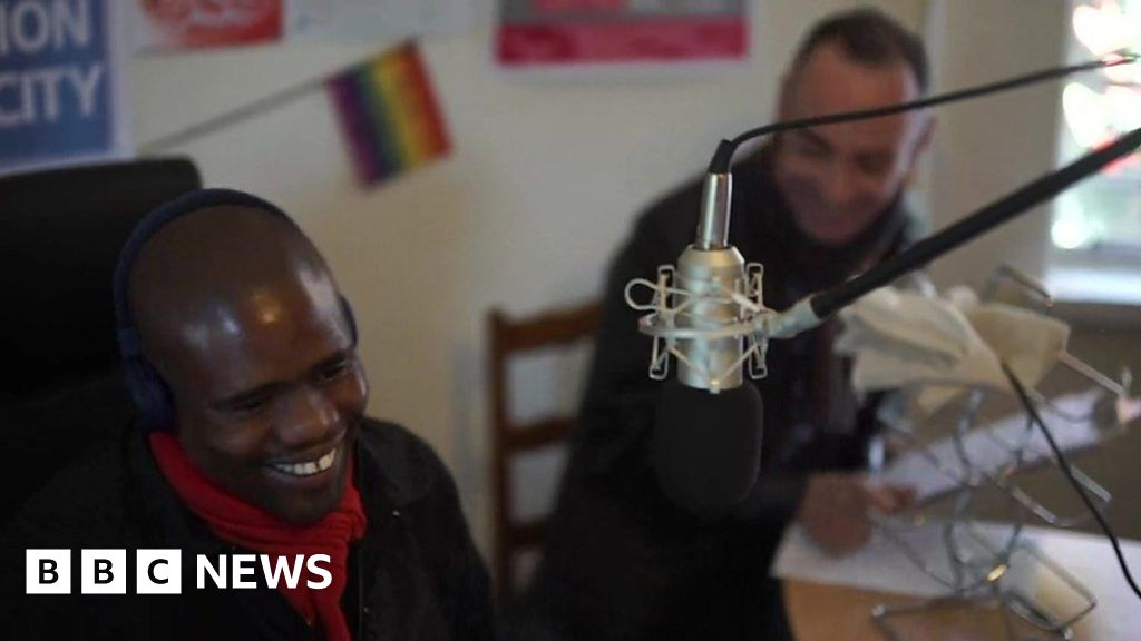 Gay Radio Stations - Listen Online