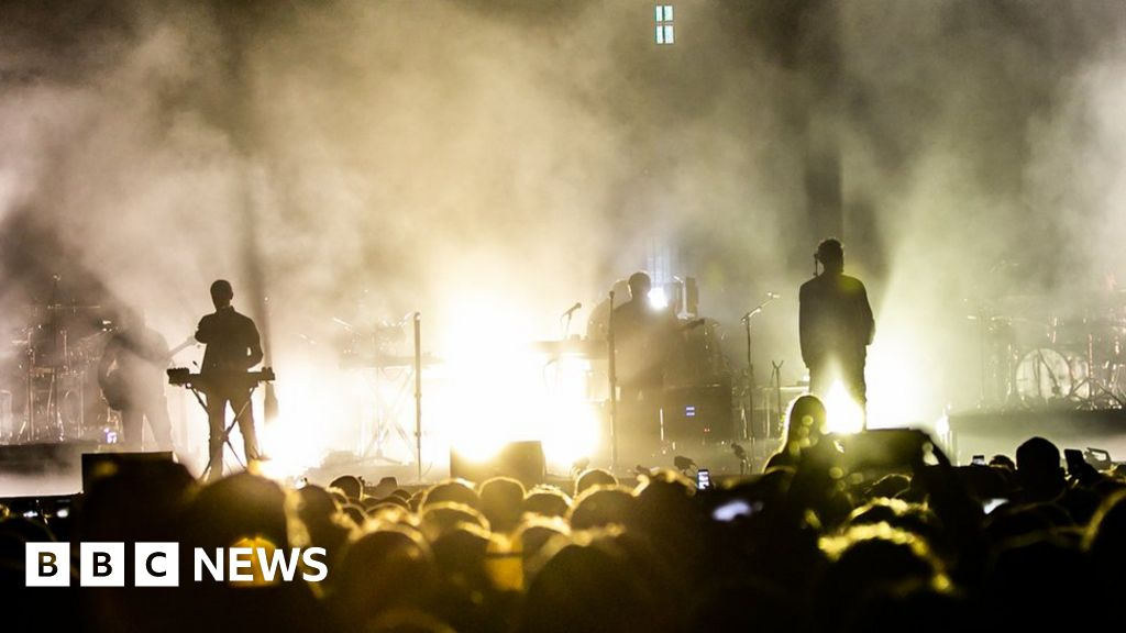 Massive Attack touring Europe by train