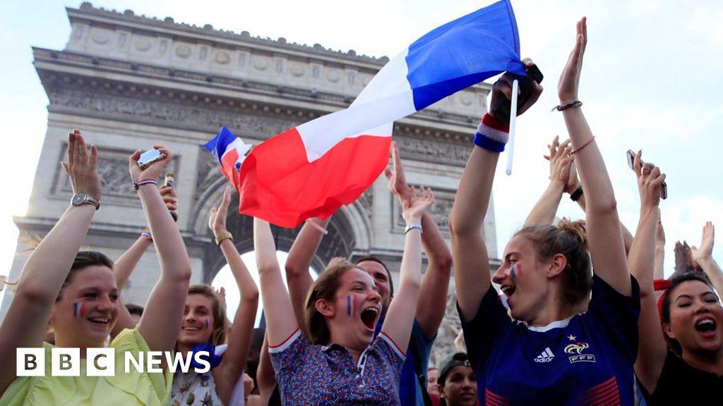 France celebrates winning World Cup 2018