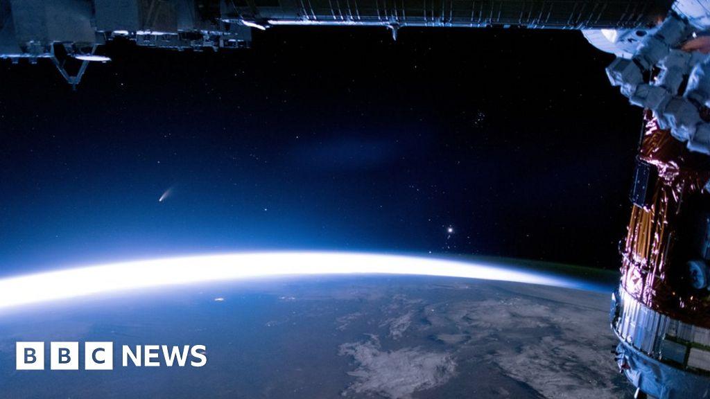 Russia satellite: Kremlin accuses US and UK of 'distorting' truth