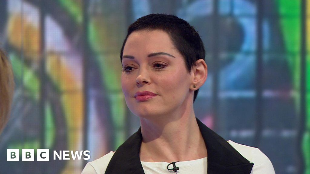 US actress Rose McGowan: Weinstein tried to contact me